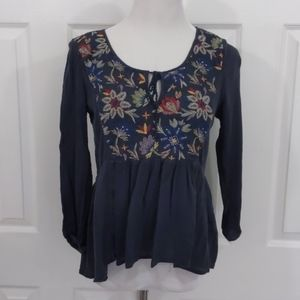 AEO 3/4 length sleeve navy peasant blouse size s